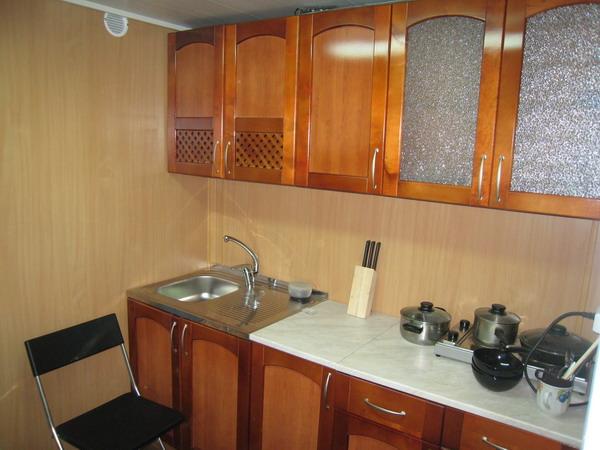 Как сделать ремонт кухни с панелью