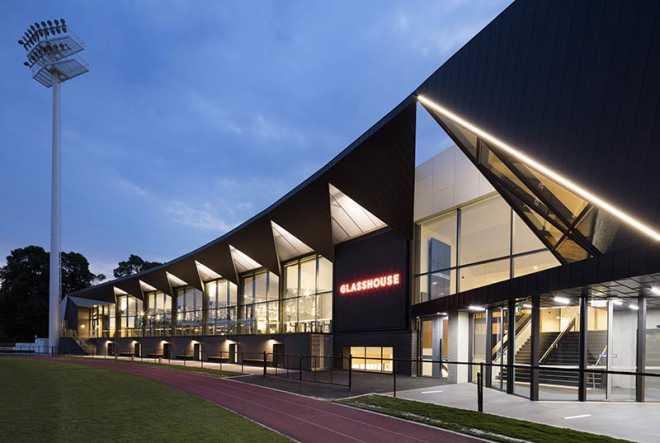 Центр торжеств и общественных мероприятий Glasshouse / Croxon Ramsay