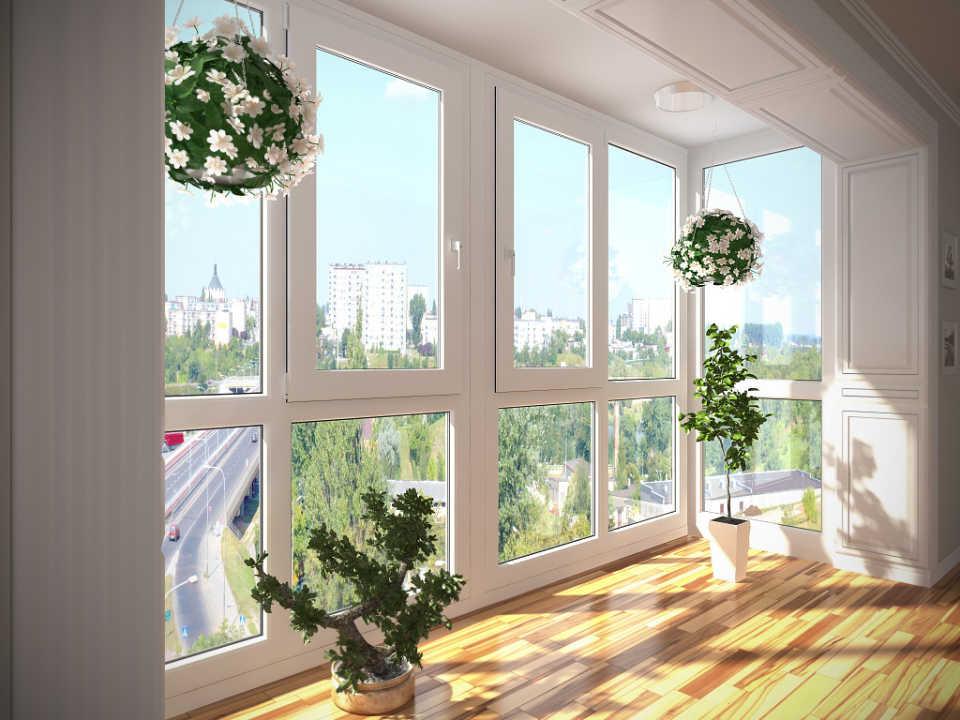 Как можно застеклить балкон дешево и использование раздвижного остекления