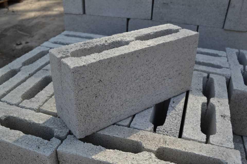 Выбор блоков для обработки фасада керамогранитом