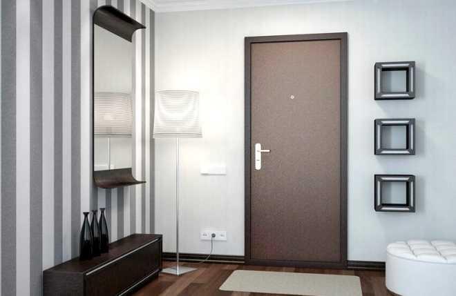 На что стоит обратить внимание при выборе металлической двери