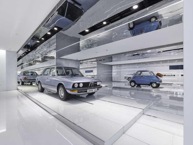 Музей ретро-автомобилей BMW / Crossboundaries
