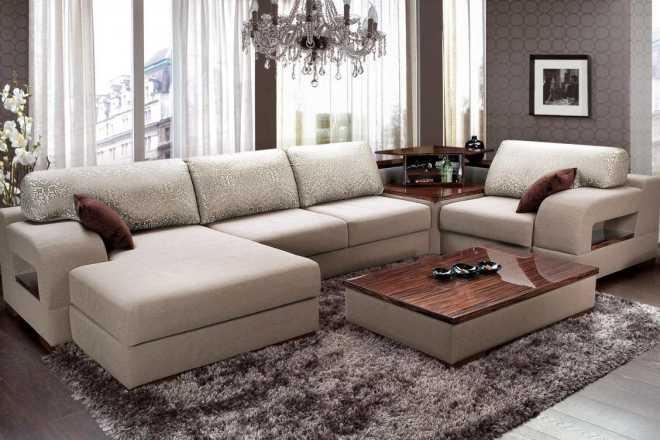 Угловые диваны со столиком: от минимализма до роскоши