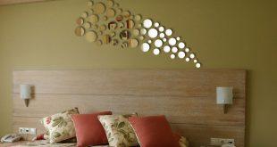 Необычайный интерьер при помощи декорирования зеркалами