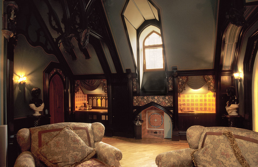 Создаем готический интерьер в обычной квартире