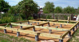Строительство деревянного дома на сваях
