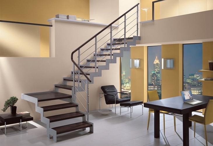 О строительстве внешней лестницы для частного дома