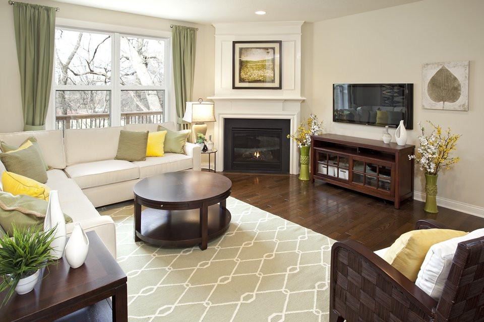 Обустраиваем уютную гостиную с керамическим полом